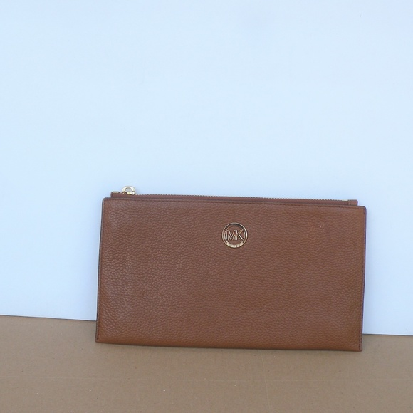 MICHAEL Michael Kors Handbags - MICHAEL KORS PEBBLED LEATHER WALLET CLUTCH